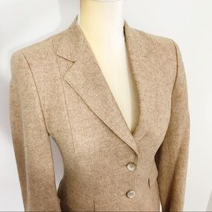 Vintage • Gorgeous Fitted Pure Wool Blazer
